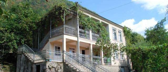 абхазский-домик-639x276